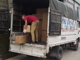 Xe tải chở hàng thuê tại phố Yết Kiêu