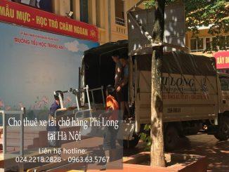 Xe tải chở hàng thuê tại phố Hàng Mã
