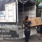 Xe tải chở hàng thuê tại phố Hàng Vôi