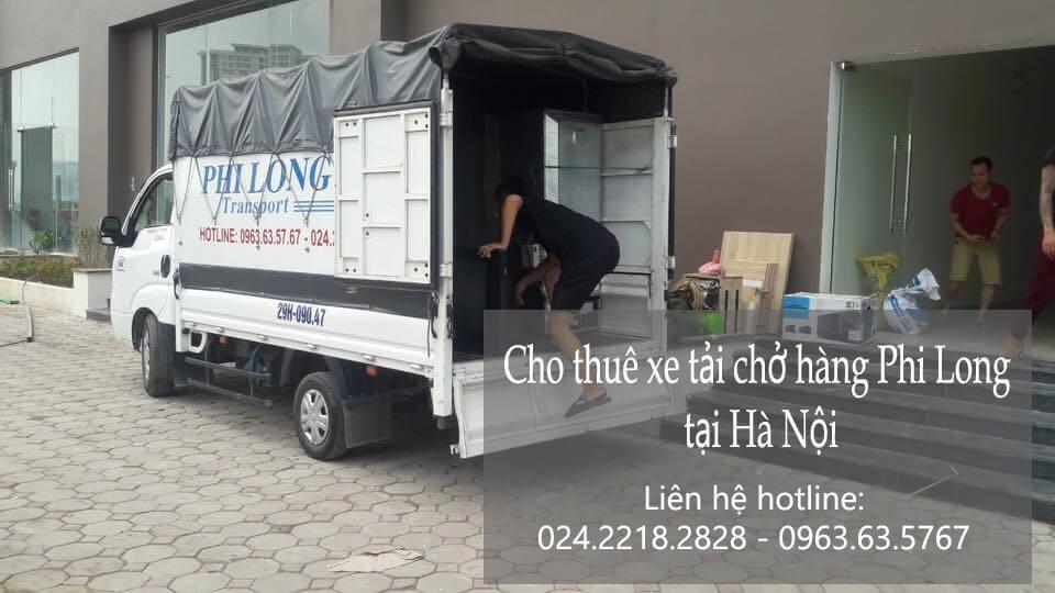 Xe tải chở hàng thuê tại phố Đoàn Nhữ Hài