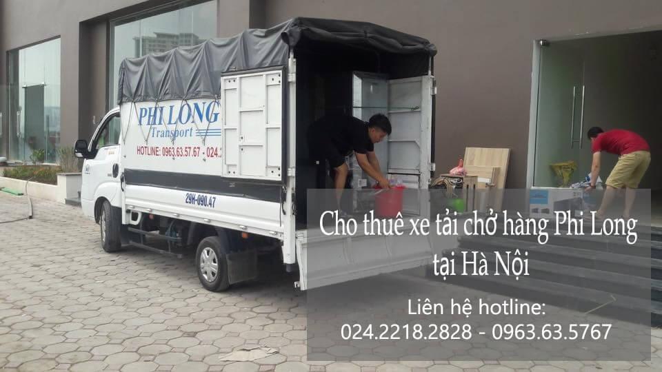 Xe tải chở hàng thuê tại phố Chân Cầm
