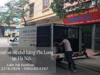 Xe tải chở hàng thuê tại phố Chợ Gạo