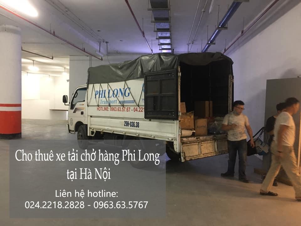 Xe tải chở hàng thuê tại phố Thành Công