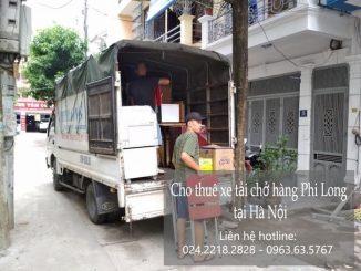 Xe tải chở hàng thuê tại phố Thụy Lôi