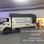 Xe tải chở hàng tại xã Hùng Tiến
