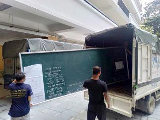 Xe tải chở hàng thuê Phi Long tại xã Nam Phong
