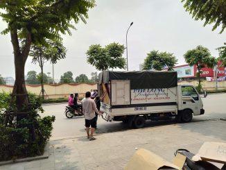 Xe tải chở hàng tại đường nguyễn chí thanh