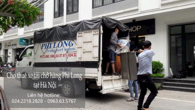 Xe tải chở hàng thuê Phi Long tại phố Lê Văn Hưu